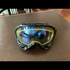 Oakley Other - Oakley Snow Goggle